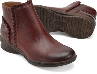 Comfortiva Women's Fallston Boot in Mosto Red