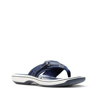 Clarks Women's Breeze Sea Flip Flop in Navy