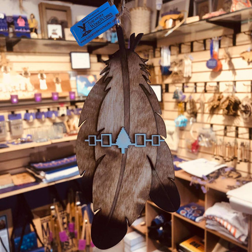 3 Feather Ornament with Hiawatha Belt