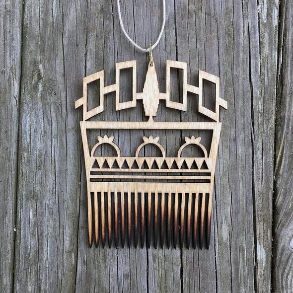 Hiawatha Belt Comb Hanger with SkyDome Design