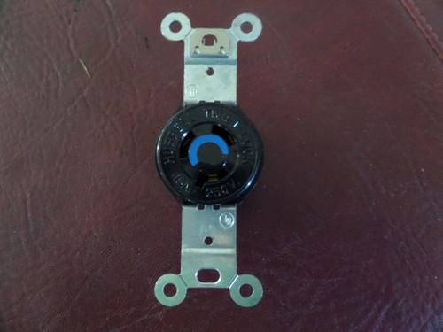 Hubbell, HBL4560, 3 Pole 15A 250V, Twist Lock