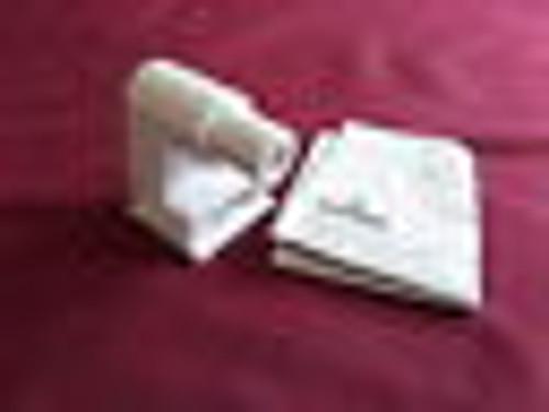 Leviton, 3ZK89, Lamp Holder