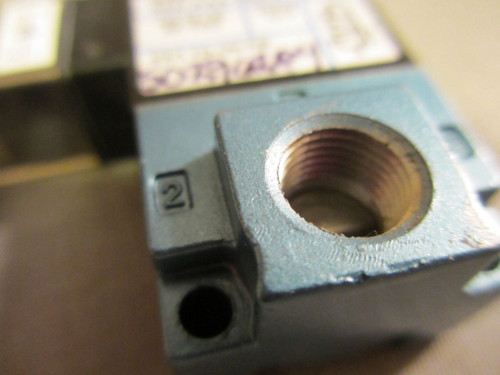 MAC, 35A-AAA-DDFJ-1KE, Solenoid Valve, 24VDC, 12.7W, 120 PSI