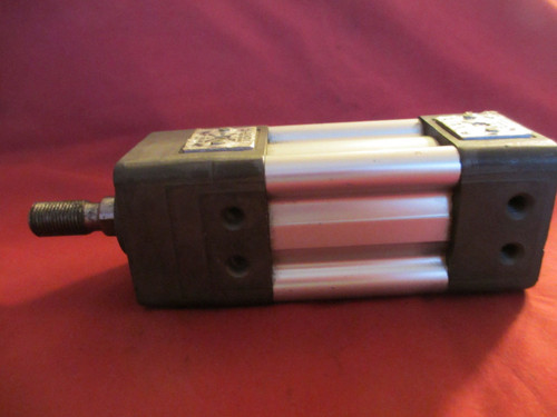 Bosch RexRoth P68174-3010, L294, Pneumatic Cylinder, 1 1/2 x 1, 200PSI