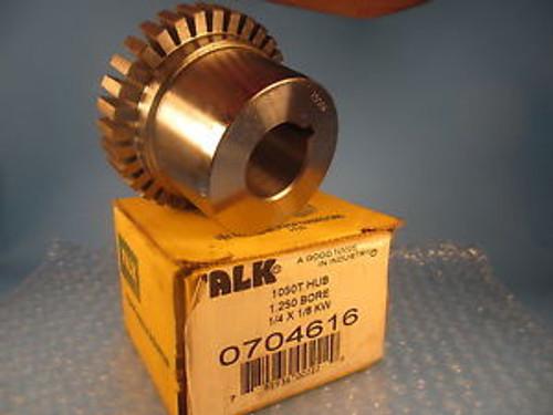 """Falk 0704616 1050T Hub, 2.5"""" x 4.25"""" x 4.25, 1.250"""" Bore, 1/4"""" x 1/8"""" Keyway"""
