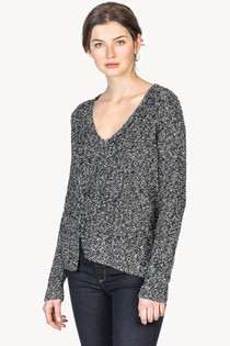 L/S Seamed V-Neck - Black/ivory
