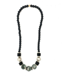 Long Classic Necklace - Black/Gray