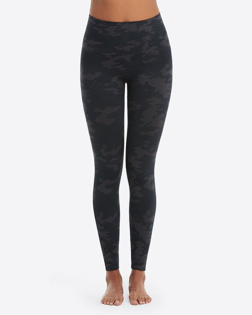 Look At Me Now Seamless Leggings - Black Camo