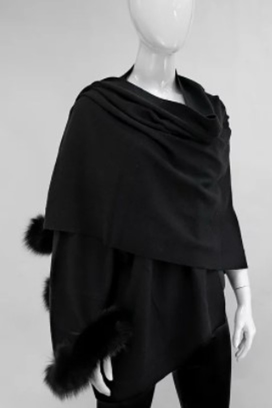 Knitted Wrap - Charcoal