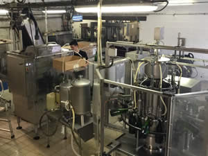 The disgorgement and bottling unit has over 15 functions