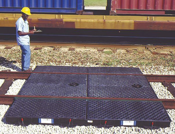 Ultra-Track Pan, Crude Oil Model, Center Pan With Grate