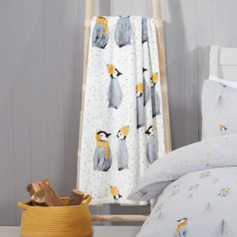 Penguin Pals Grey Fleece Throw (130cm x 150cm) - 060666