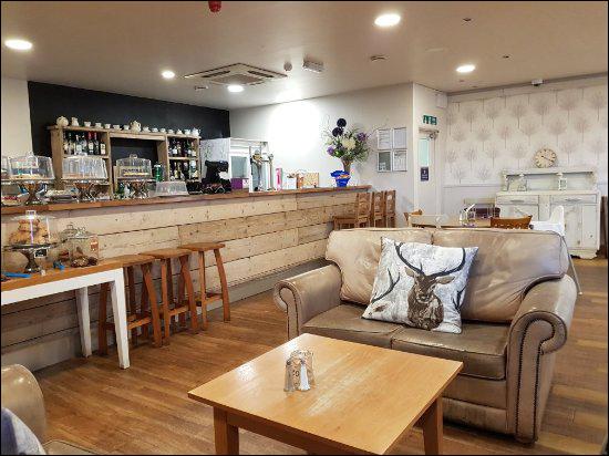 paddockrestaurantwrightington.jpg