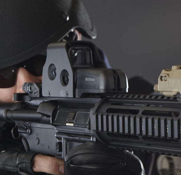 Eotech 533 Holographic Red Dot Sight Used Excellent Shape Blk