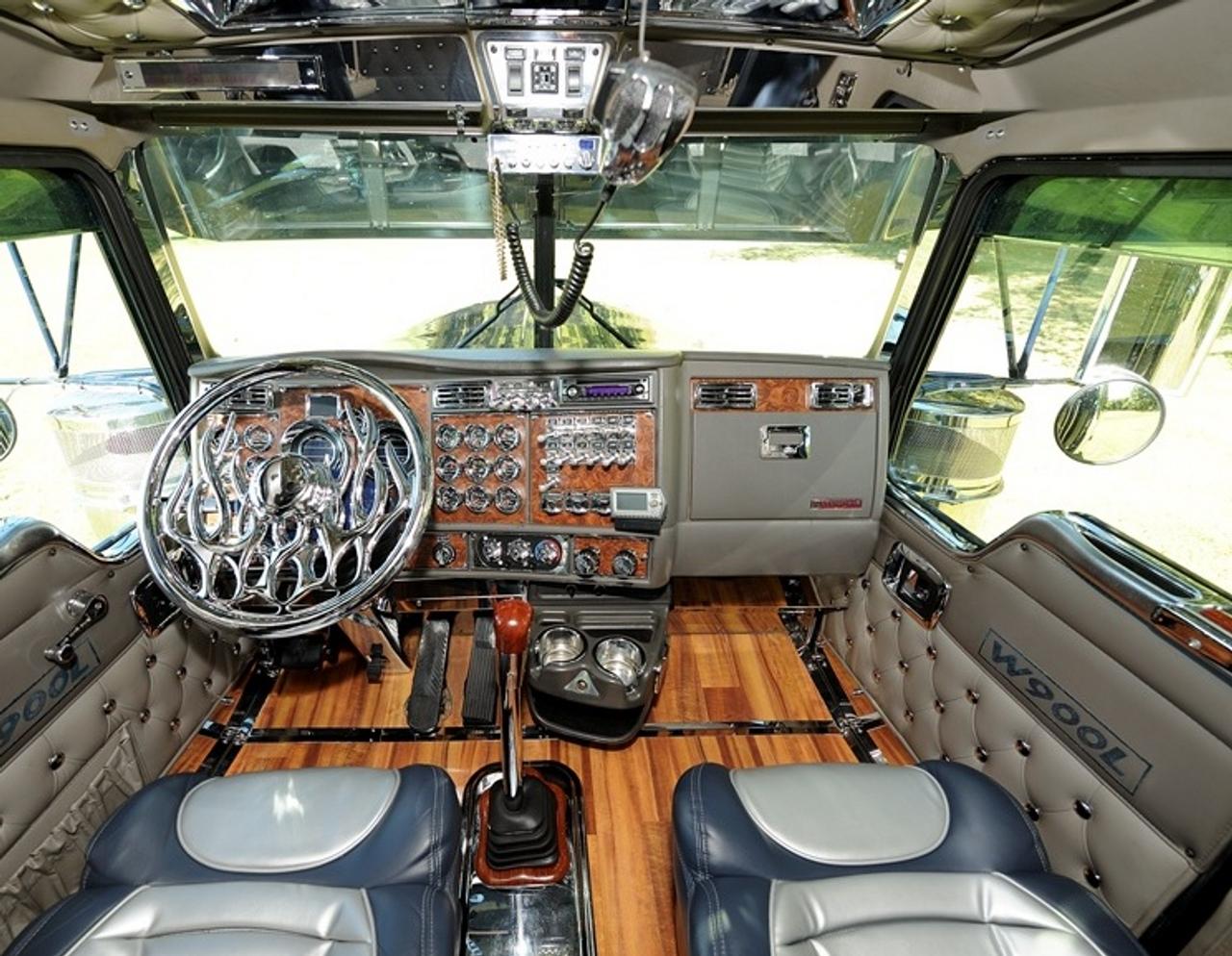 Kenworth - T600 Interior - Miscellaneous Interior