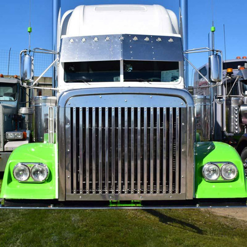 Freightliner FLD 120 & Classic Vertical Louvered Grill