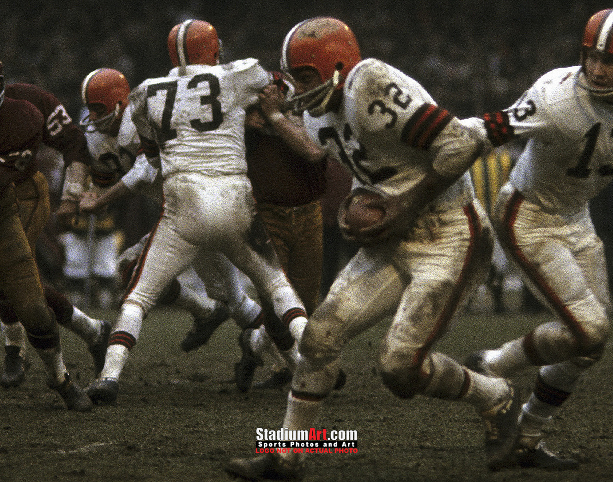f5792808795 Cleveland Browns Jim Brown Football Photo Print 03 8x10-48x36. Tap to expand