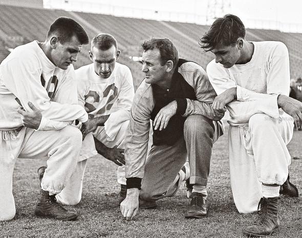 Bear Bryant Alabama Crimson Roll Tide College Football Photo 58 8x10-48x36