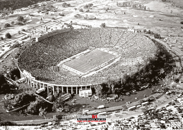 Rose Bowl Football Stadium UCLA Photo Art Print 8x10 or 11x14 or 40x30 StadiumArt.com Sports Photos