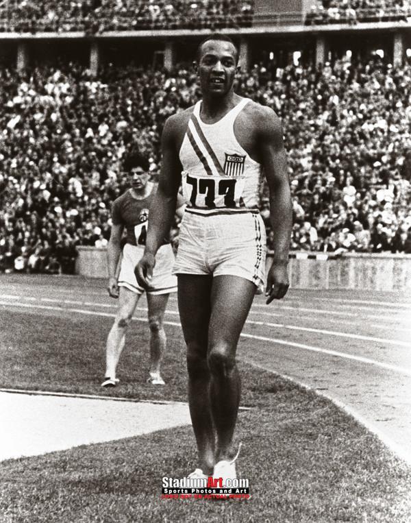 Jesse Owens Track Standing Olympics 8x10 or 11x14 or 40x30 photo StadiumArt.com Sports Photos