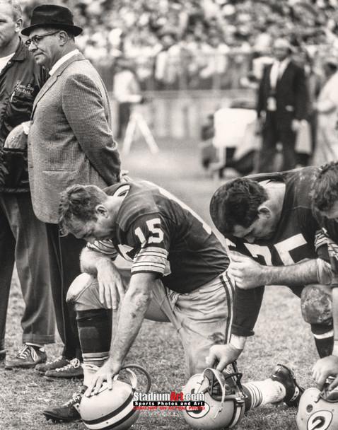 Green Bay Packers Bart Starr Football 8x10-48x36 Photo Print 59
