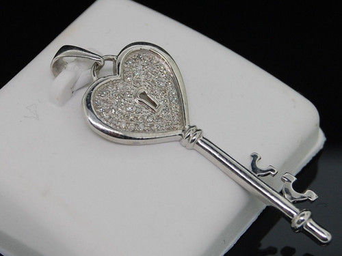 Diamond Heart Pendant Ladies .925 Sterling Silver Round Pave Key Charm 0.16 Ct