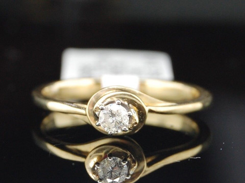 10K Yellow Gold Round Cut Diamond Solitaire Engagement Promise Ring 1/10 Ct.