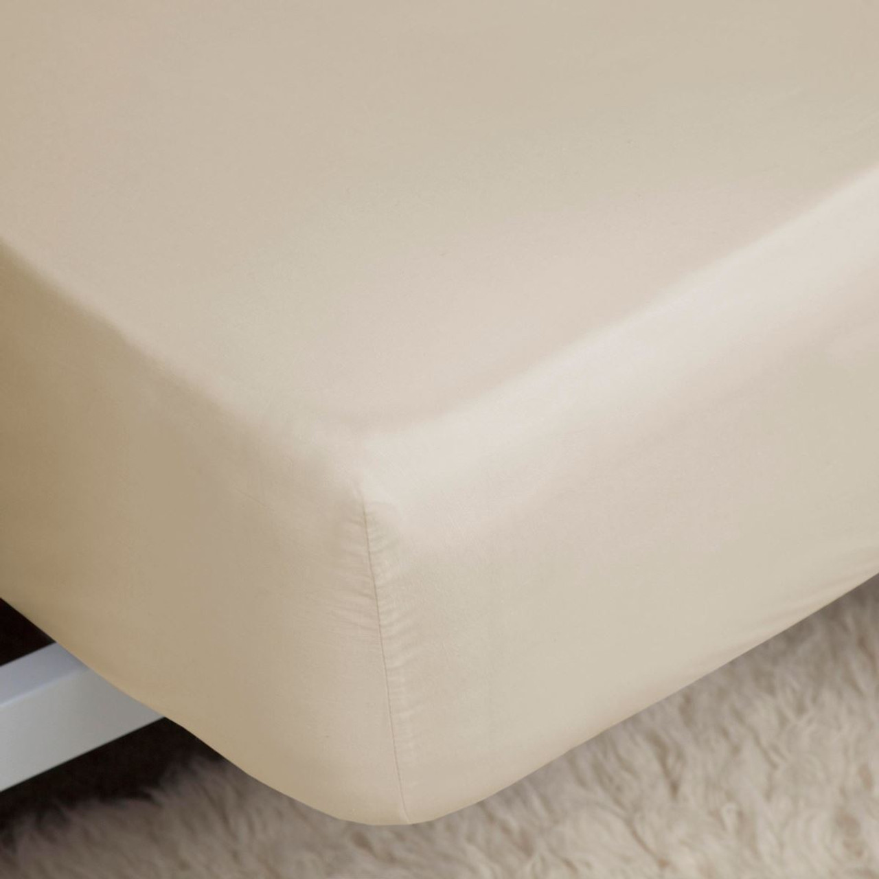 Belledorm 400 Thread Count Fitted Sheet