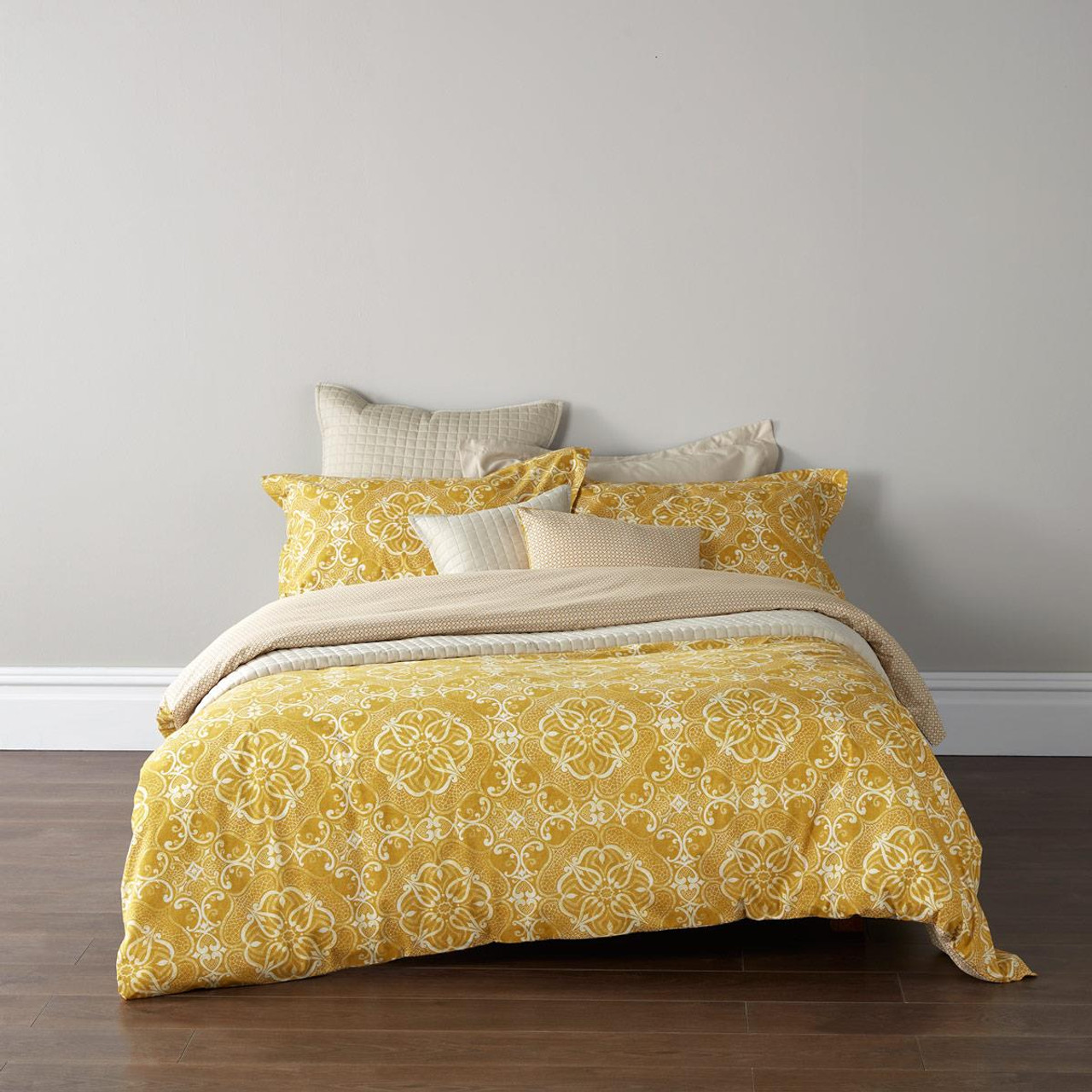 Christy Sumatra Duvet Set