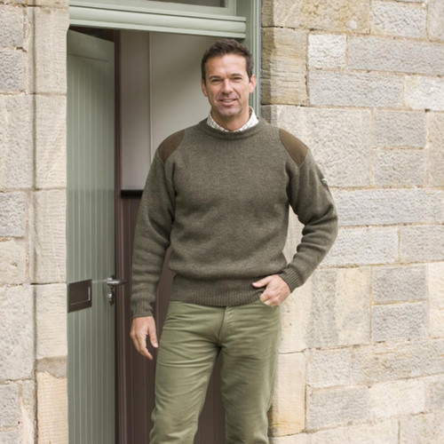 Soft Green Hoggs Of Fife Melrose Hunting Pullover Lifestyle