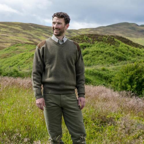Dark Loden Hoggs Of Fife Melrose V-Neck Hunting Pullover Lifestyle