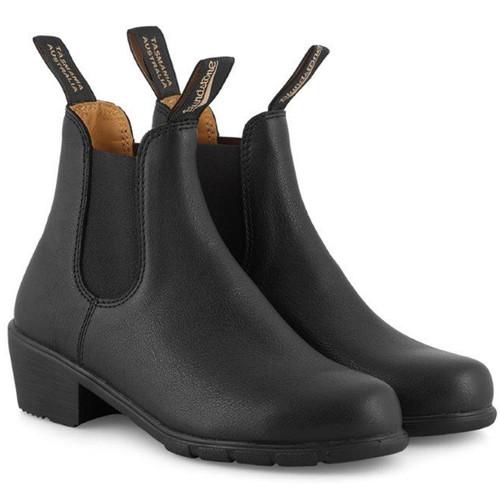 Black Blundstone Chelsea Boots