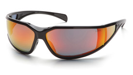 Pyramex Exeter Wrap Around Safety Glasses - Dark black full frame safety glasses with red mirrored anti fog lenses, angled front view