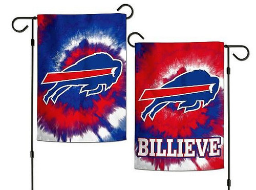 """This 12 1/2"""" x 18"""" Garden Flag is the premium option for your Home, Fan Cave, or anywhere you want to display your team pride.  Vibrant Colors & Graphics For Indoor Or Outdoor Use 2-Sided Flag Officially Licensed Product Flag Stand Not Included!"""
