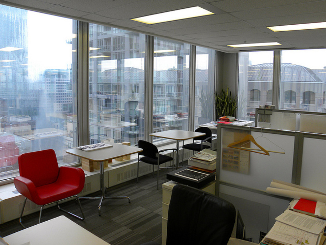 Pros and Cons to the Open Office Plan