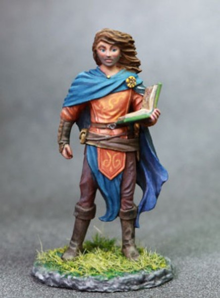 DSM 7634 - Male Cleric with Tome