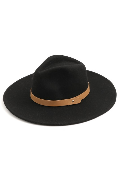 WOOL HAT WITH LEATHER DETAIL
