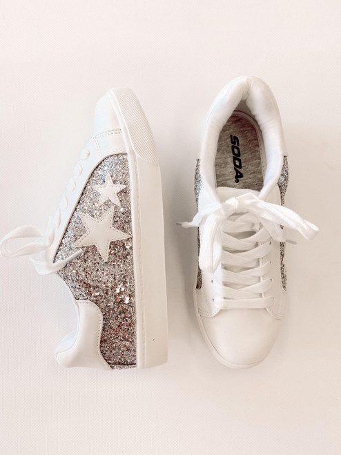 Women's white sneaker with silver glitter and white stars