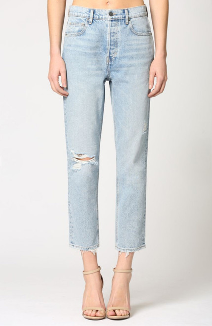 Women's light wash straight leg jean