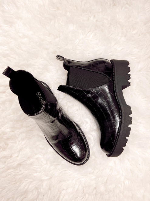Black croc faux leather chelsea boots