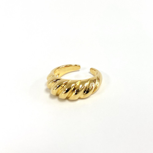 Twisted gold dome ring