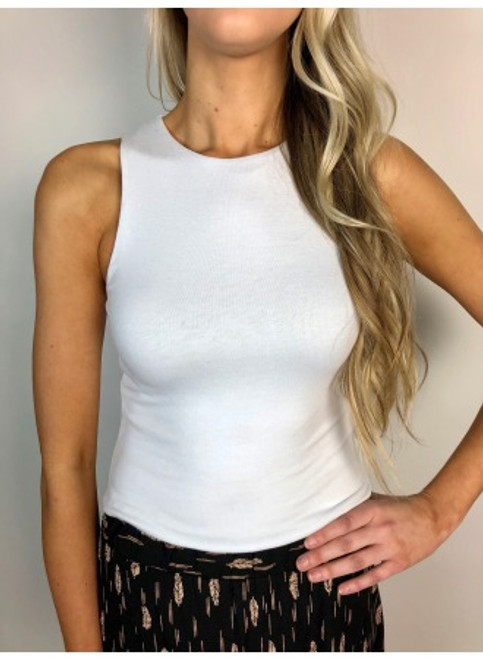 Fitted white tank