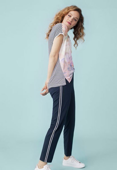 Floral v neck tee with navy and white stripe back