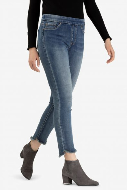 Women's pull on jegging with frayed curved hem