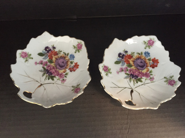 Top view.  Each plater sold separately. $10.00 for one, $18 for the pair