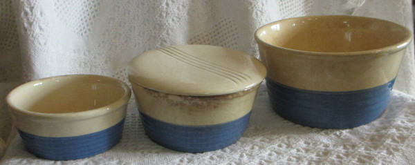 Universal Potteries Three Stacking Bowls with One Lid