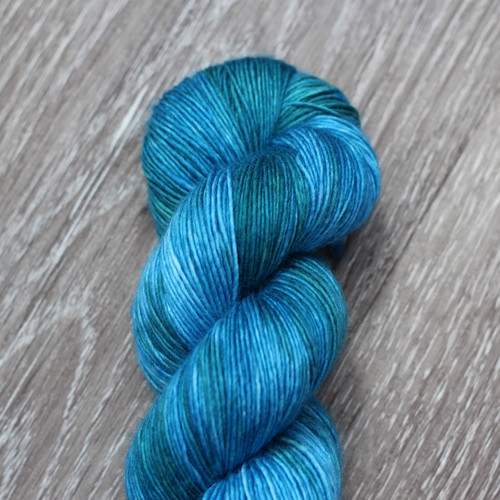 WoolRx Yarns - Single Ply in #02