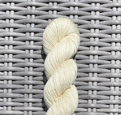 WoolRx Yarns - Sweetie Single Ply in #11