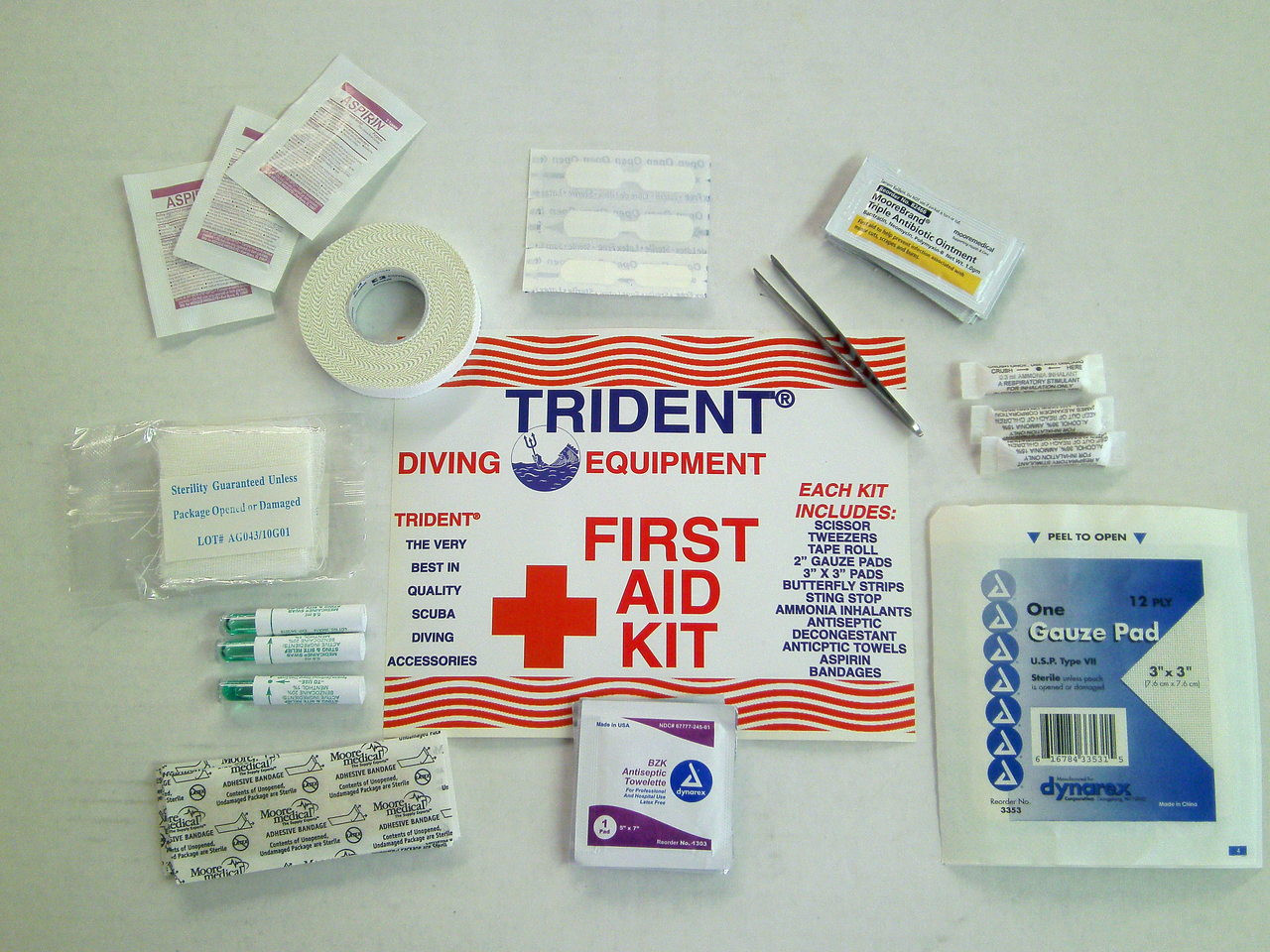 Tube First Aid Kit for Scuba Diving Round Case