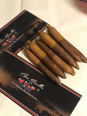 Tampa Blend's  Dos Caras Mini Salomon All Nicaraguan Long Filler  Cuban Seed Rolled By Cuban rollers!